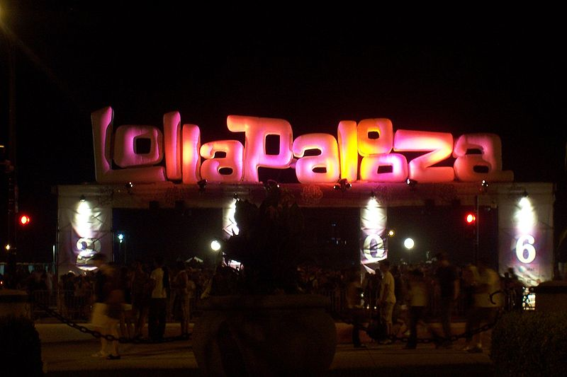 800px-Lollapalooza_sign
